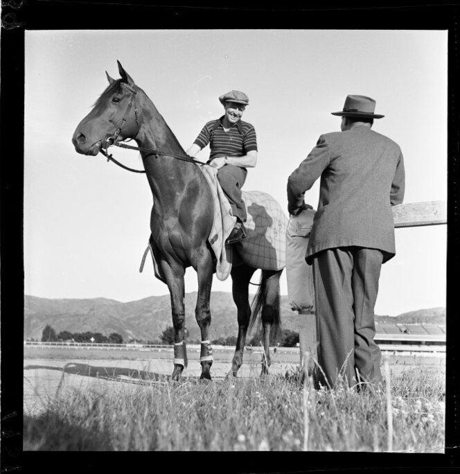 11 Jan 1951 The racehorse Beaumaris in training(10).jpg
